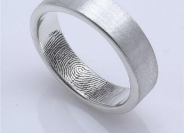 vingerprint-ring-2.jpg