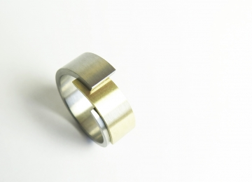 ring_182_breed_voor_site.jpg