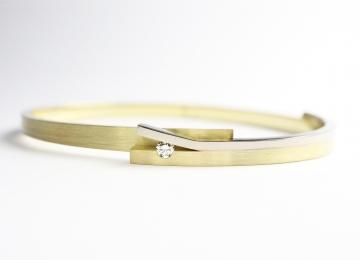 strakke_gouden_armband.jpg